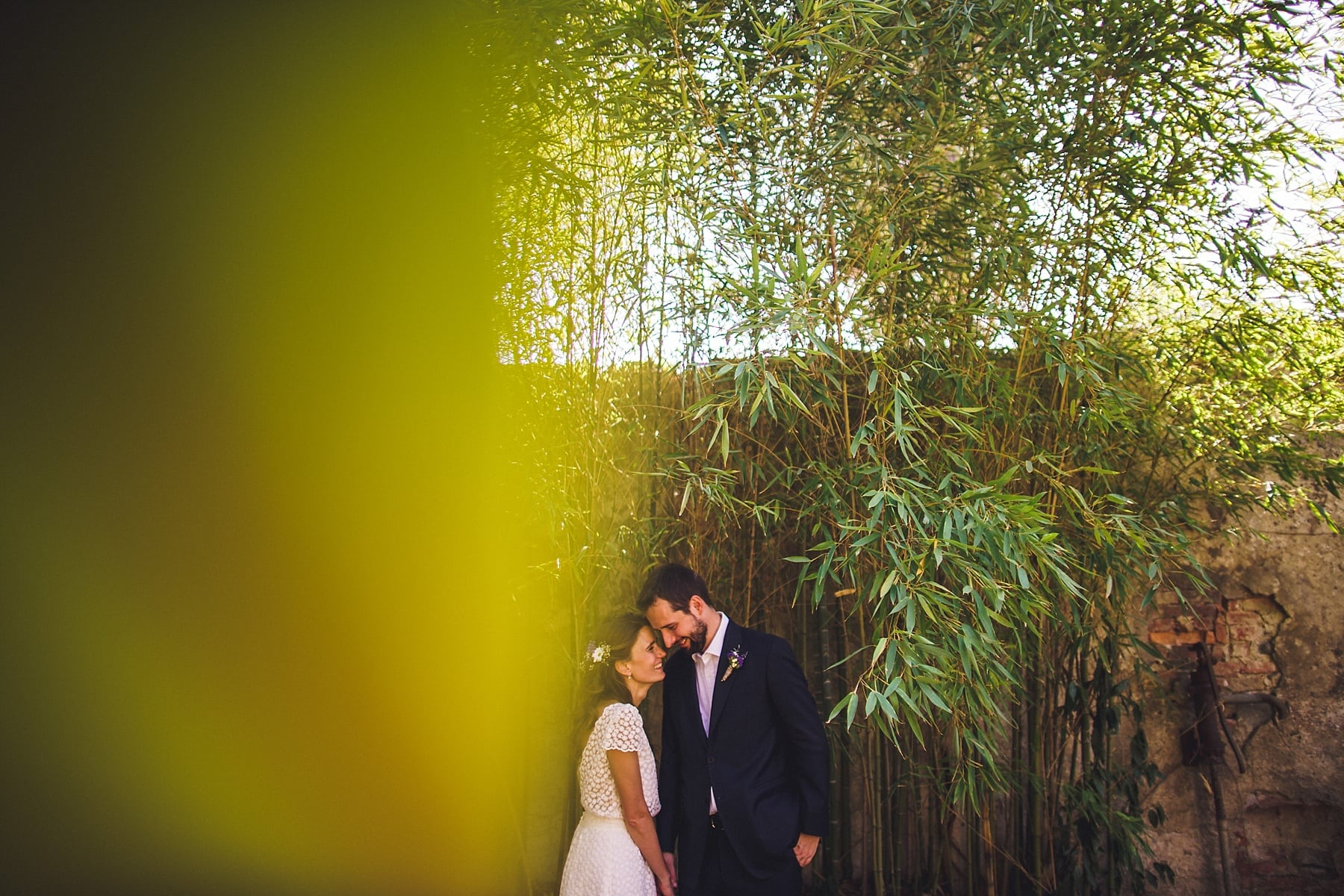 Italian bride and groom,tuscany wedding photographer,