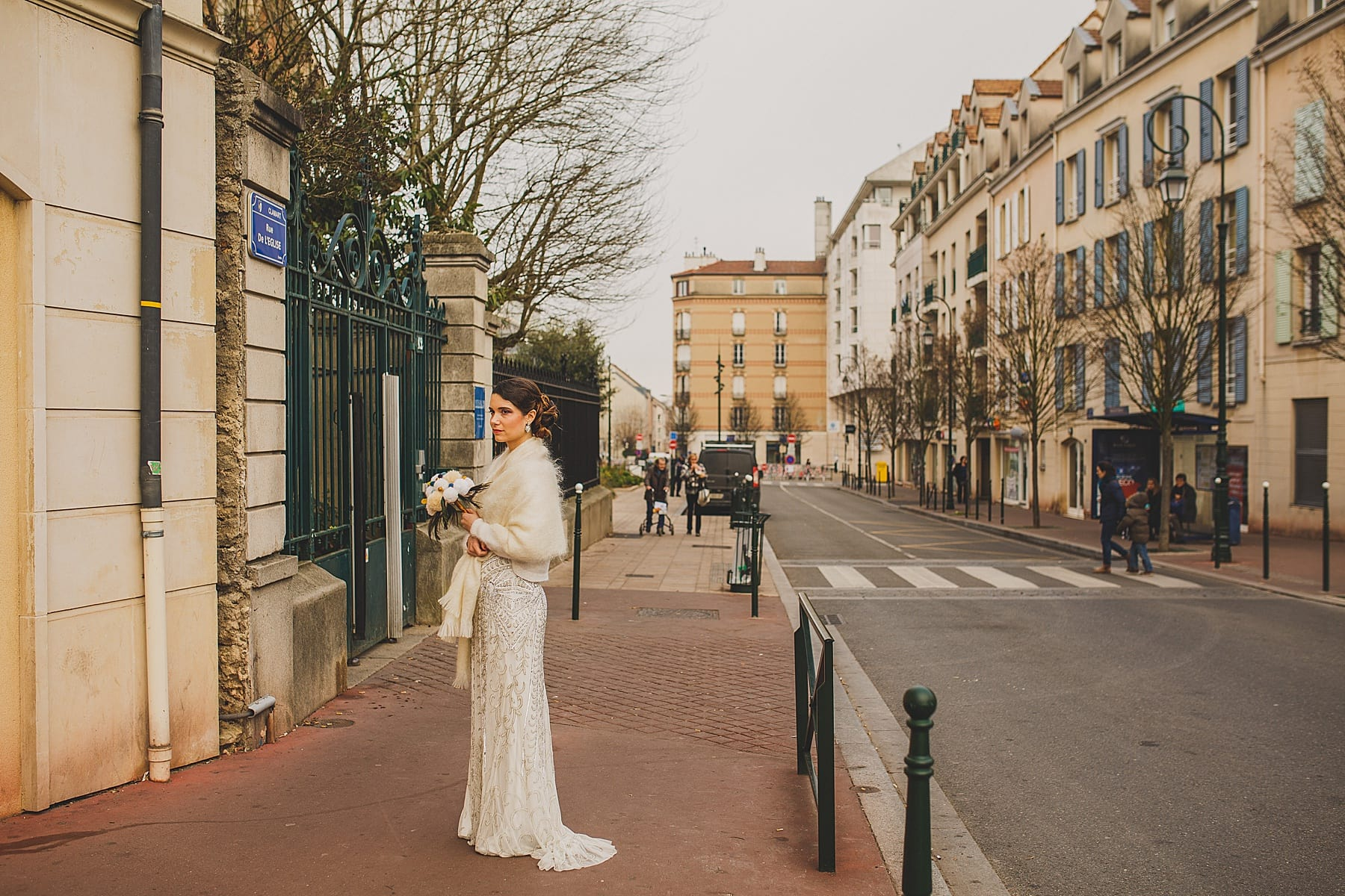 paris wedding photographer,destination wedding,irish elopement photographer,city bridal style,mamie cocotte wedding,intimate ceremony,navyblur,ireland wedding photographer,